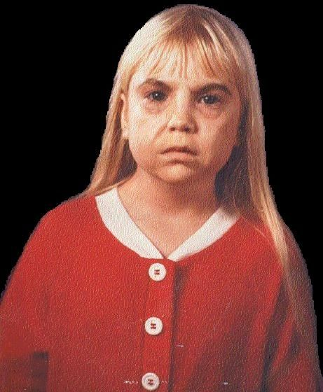 (above, Heather O'Rourke in an early stage of the Kane make-up.